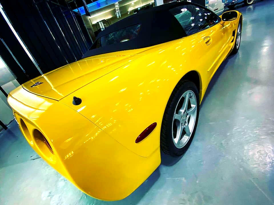 2002 Yellow Chevrolet Corvette Convertible  | C5 Corvette Photo 8