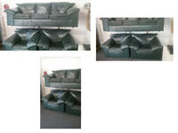 QUALITY LEATHER VERY DARK GREEN 3 SEATER SOFA AND 2 CHAIRS LOOKS LIKE BLACK VERY DARK SUITE £99.99