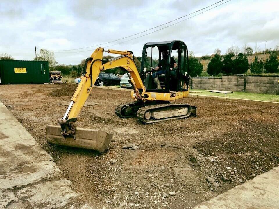 Salisbury Mini Digger Hire