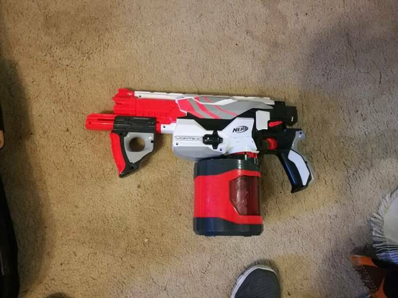 Many used NERF Guns & Accessories Magstrike Rayven Vulcan &MORE