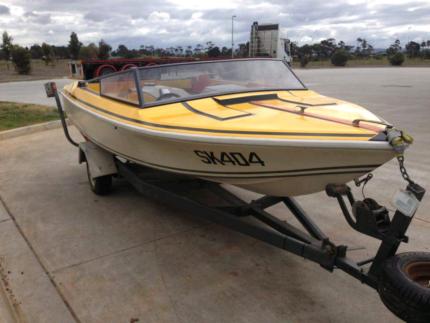 5m V8 Jet boat / ski boat 351 Cleveland