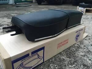HONDA C92 C95 CA92 CA95 CA160 COMPLETE DOUBLE SEAT //  CHROME TRIM BLACK