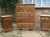 Solid wood drawers and bedside cabinets