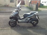 Vespa MP3 300 I'd yourban lt full service history just spent £800 on full service and engine mounts