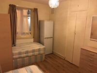 TWIN / DOUBLE ROOM in STOKE NEWINGTON! available now £85 pp per week. ALL BILLS INCLUDED, NO EXTRAS