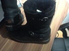 Ladies UGG boots , waterproof, size 6.5 , noire style Black