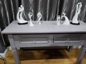 **** solid wood heavy GREY HALL Table - Display Table**** ex con smoke free home