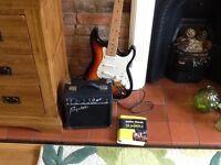 Electric guitar inc amp £55. Ono