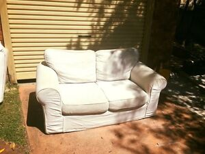 2 + 3 seater white lounges Allambie Heights Manly Area Preview