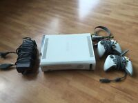 Xbox 360 with HDD + 2 pads