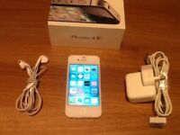 Apple iPhone 4s 16GB White Smartphone - boxed plus accessories