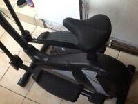 Roger black cross trainer! Excellent condition!