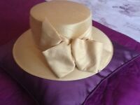 Beautiful gold whitely hat