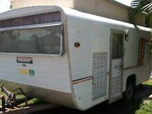 14ft Chesney PlayMate Caravan Mount Low Townsville Surrounds Preview