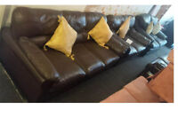 SCS BROWN 3 SEATER AND 2 SEATER LEATHER SOFAS VERY COMFY AND MODERN DESIGN