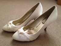 Ivory Wedding Shoes - Size 6