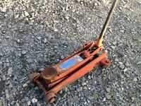 TROLLEY JACK OMCN 3 TON LIFTING CAPACITY WORKING OK
