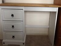 Dressing Table hardly used only 3 months old