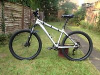 "Specialized Rockhopper mountain bike - hydraulic brakes, rockshox forks, maxxis tyres, 26"" hardtail"