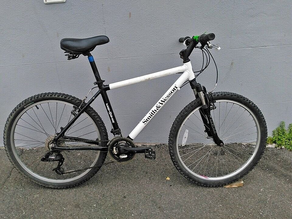 Smith and Wesson Medium Mountain Bike - Fully Serviced with new parts | in  Brighton, East Sussex | Gumtree