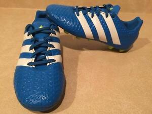 Boys Size 3 Adidas Outdoor Soccer Cleats