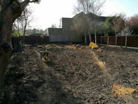 Professional Landscapers and Garden Maintenance LONDON (free quotation, competitive prices !)