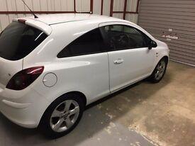 2011 Vauxhall Corsa 1.2 sxi for sale. 42000 miles. White. £3500 ono