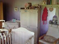 Full Nursery set in antique white