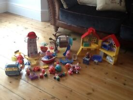 Huge job lot of peppy pig play sets immaculate condition