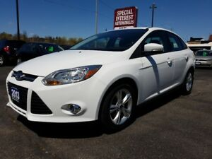 2013 Ford Focus SE SE !! BLUE TOOTH !! HEATED SEATS !!