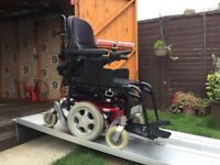 £6500 WORTH SALSA RECLINING POWER CHAIR MOBILITY SCOOTER - 22ST 140KG USER - 25 MILES - JUST £1200