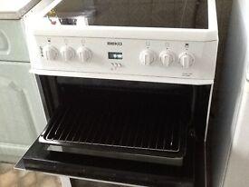 BEKO freestanding cooker 2year old