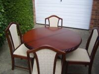 Mahogany Extendable Table & Chairs