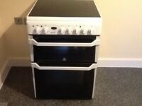 Indesit 60cm electric double oven with ceramic hob
