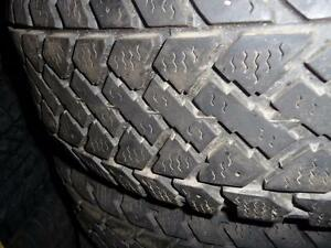 4 pneus d'hiver 195/65/15 Snowtrakker Pacemark, 60% d'usure, mesure 6/32