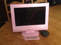 """PINK 15 """" TV/DVD PLAYER FROM MARKS & SPENCERS - PERFECT FOR XMAS PRESSIE"""