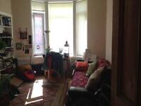 1 bedroom flat to rent in the heart of Govanhill (close to Queens park)