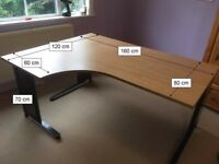 Desk for sale suit Student or Office