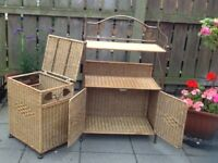 Wicker dressing table and laundry box