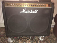 MARSHALL AMPLIFIER STEREO CHORUS VALVESTATE 8240 2 x 12 inch COMBO'