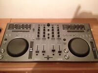 Pioneer DDJ-T1 controller [with udg case]