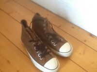 Converse trainers mens brown size nine