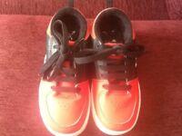Boys/Girls X Side Walk Sports Heelys size 12