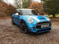 Stunning 5 door Mini Cooper Hatch 2lr SD Turbo, Top Spec /Huge list optional extras added !