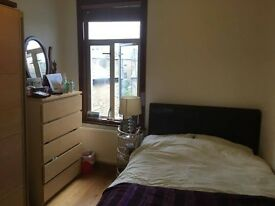 Large Double room in Stoke Newington/ Newington Green