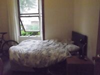 Double room to let from June, 74 Sanda street