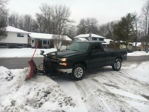 2006 Chevrolet Silverado 4 x 4 - Moving - Best Cash Offer