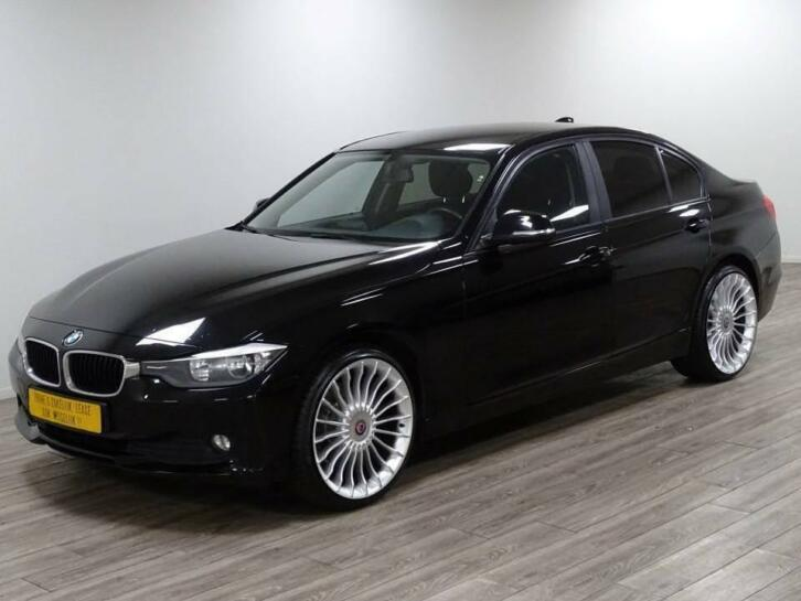 BMW 316D Sedan Executive Automaat