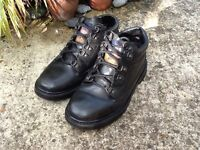 Size 8 Dickies work boots
