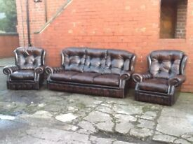 ANTIQUE BROWN LEATHER CHESTERFIELD 3 PIECE SUITE 3 SEATER 2 CHAIRS QUALITY SUITE CAN DELIVER